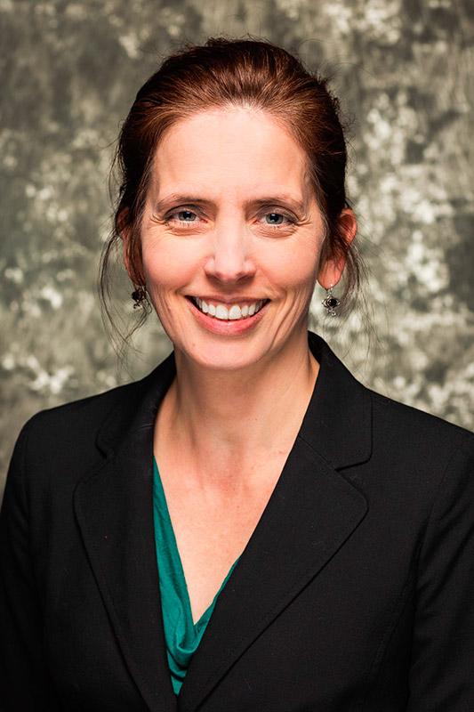 Julie Kluxdal, DVM